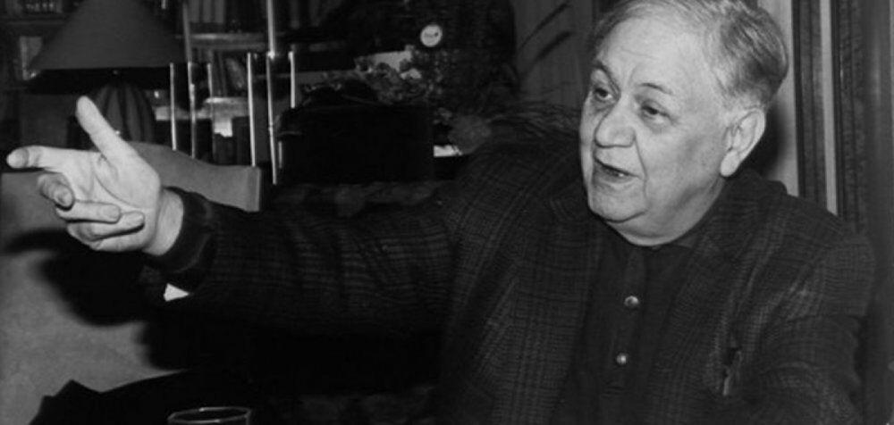 Χατζιδάκις: Ακούστε το πρώτο σχόλιο του Τρίτου (30-4-1978)